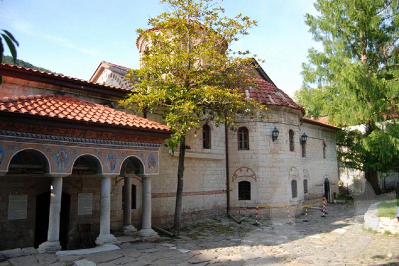 Екскурзия до Кръстова гора и Бачковски манастир снимка 1